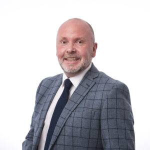 Duncan Chisholm : Group Sales and Marketing Manager